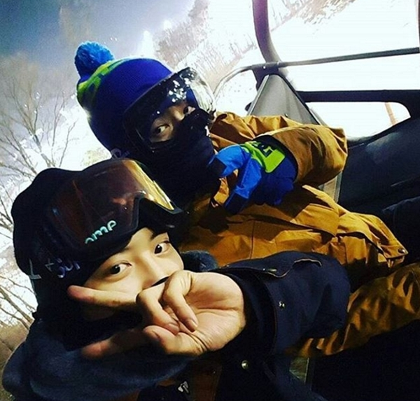 冬天就是要滑雪! EXO燦烈、世勳、伯賢化身'冰雪王子'