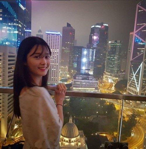 南宝拉令香港夜景失色的美貌
