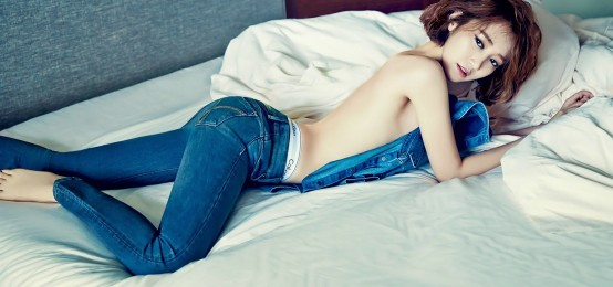 15 K-Pop Idols 脫去上衣的性感畫報