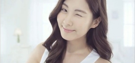 9個可愛K-POP IDOL使眼色,將融化你的心