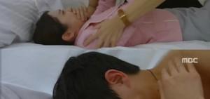 李準拉張娜拉上床 可憐被狂抽耳光