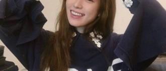 BH娛樂發布韓孝周照片 表情明朗美麗可愛
