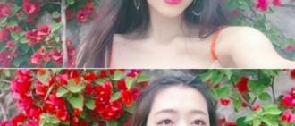 雪莉曬兩連拍美照 網友:美貌天天升級