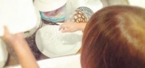 秋小愛挑戰洗碗 「長大了啊」