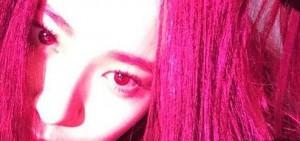 f(x)Krystal強烈的紅髮,「禁止深夜出現!」