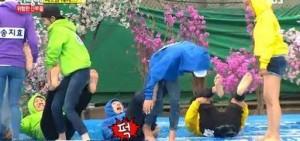 《Running Man》Jessi誤打中劉在石要害部位 連連慘叫引發眾人爆笑