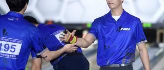 金秀賢李洪基保齡球賽第二輪進行中 距合格仍有差距