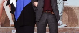 YG大長腿情侶誕生! 李聖經、南柱赫秘愛5個月