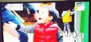 EXO燦烈也擋不住雙胞胎的魅力 粉絲「跟我結婚吧!」