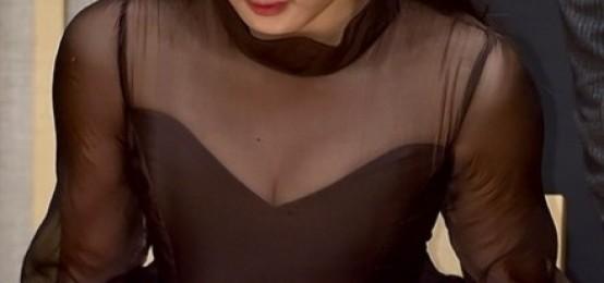 18日出席在SBS舉辦的新月火劇#秘密之門#製作發表會的金有貞,真的大個女了