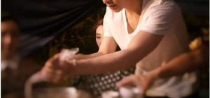 EXO LAY電影《從天兒降》拍攝的火鍋三味鏡
