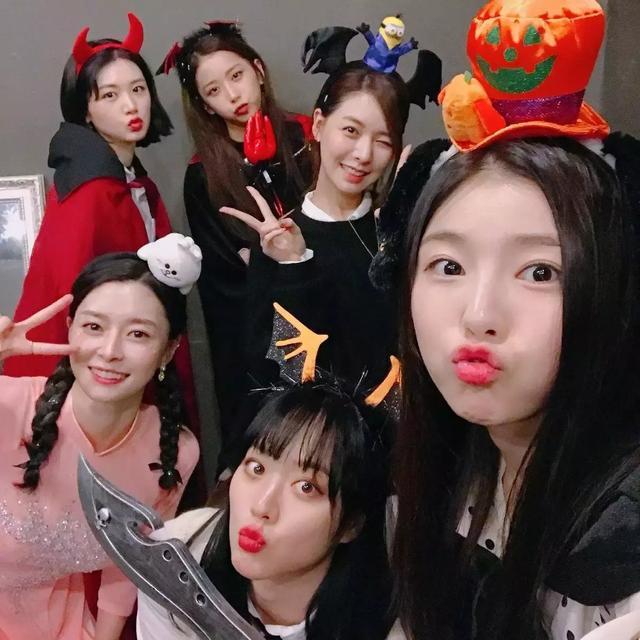 韓娛圈偶像們嘴饞躲起來偷吃的趣事,為了吃使出了渾身解數!