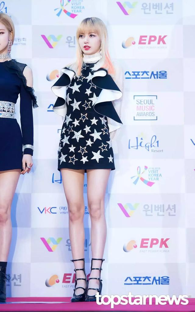 TWICE回歸造型受到韓網友批評,列出不能接受的成員服裝和原因!