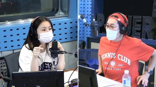 李遐怡直播提及BTS柾國翻唱鐘鉉寫的歌,AOMG歌手們像自家親戚