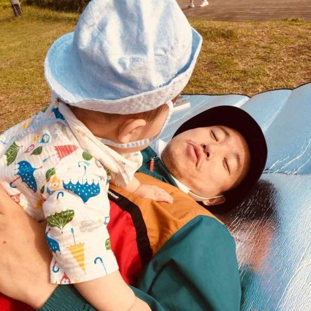 姜Gary在IG上曬與兒子的合照,露出慈父笑容連眼神都變溫柔啦