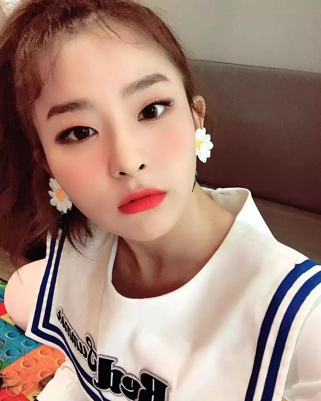 韓網選出練習生時期就小有名氣女偶像BEST6,只有她沒有女團運!
