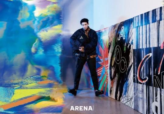 組圖:李鍾碩登時尚雜誌拍寫真 炫彩破碎感個性似油畫