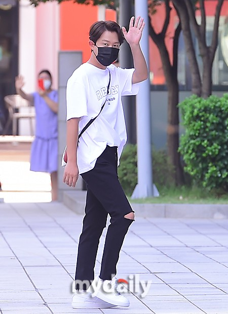 「MD PHOTO」 韓國歌手Tony安參加SBS電視台《動物農場》節目拍攝