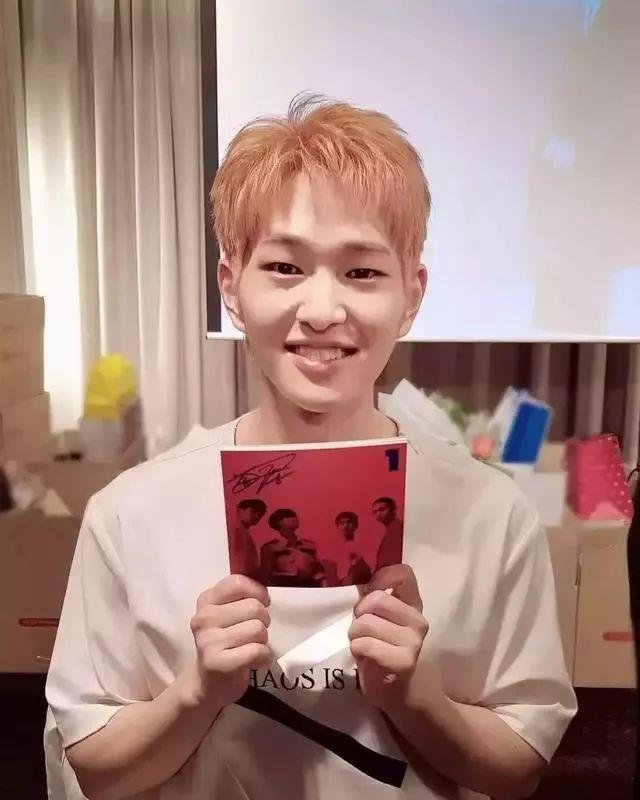 SM表示溫流下月將入伍,將成為SHINee第一位入伍的成員