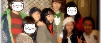 泰妍10年前曾與他們合照,有三位是明日之星呢!