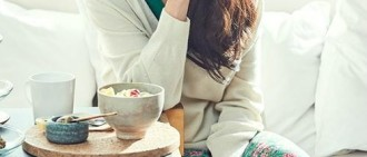 宋智孝拍攝品牌寫真 展春季女神風采