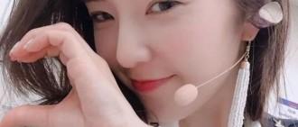 Red Velvet、Blackpink、AOA七夕情人節,等你比心喲!