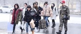 《真正的男人》女軍特輯入伍現場 漫天大雪步伐沉重