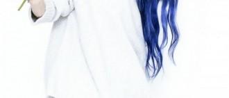 IU頭皮超堅強! 「出道以來最鮮豔髮色」電暈粉絲上熱搜