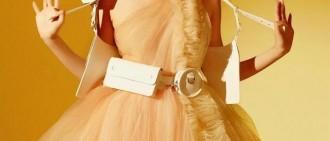 少女時代Tiffany登上美國時尚雜誌封面,更加性感的帕尼!