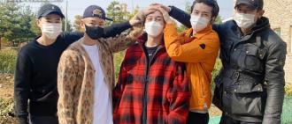 EXO Chen昨日低調入伍 成員們送行再現經典摸頭照