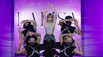 BLACKPINK LISA公開Solo出道曲《LALISA》特別舞台影片,YG破例製作