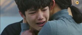 《夫妻世界》金喜愛兒子爆哭戲 「鮮肉演員」曾兩度扮幼年李敏鎬