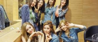 看著Red Velvet一路走來,Tiffany感動表示:她們都長大了