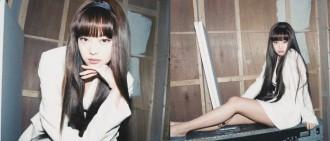 Jennie白衫型look 賀IG破2千萬粉絲