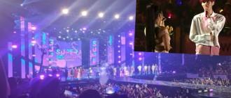 歌手大展中文實力全場大合唱 SUPER CONCERT氣氛超熱烈