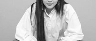 南太鉉悲問:你做了什麼! PO雪莉「勇敢盯鏡頭」獨照