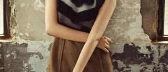 金智媛拍攝時尚寫真 稱出演《太陽》感觸頗多